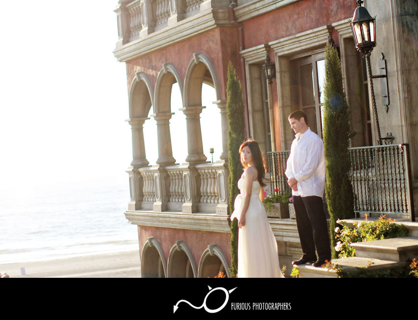 Manhattan Beach engagement photography /></p> <p><img class=